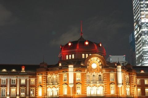 15/11/2東京ステーションホテル開業100周年記念ライトアップの模様